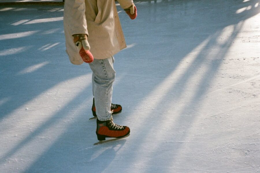 Insight On Synthetic Or Artificial Ice Rinks – Notes You Should Keep In Mind
