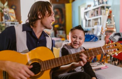 Teaching Music to Your Kid – Why It is Highly Recommended by Experts